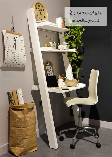 DIY Small Space Computer Desk